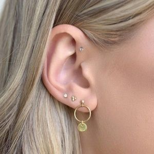 Unique Design//Stud Earrings Set Gold